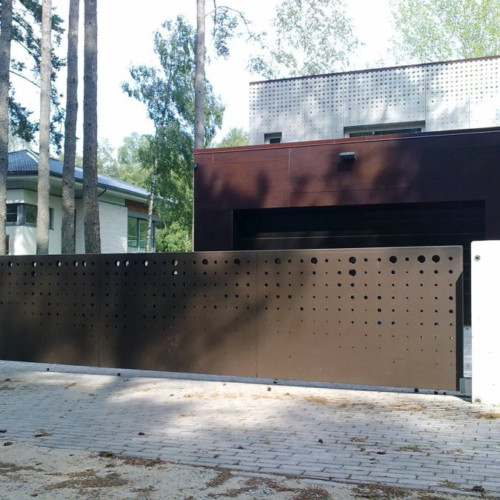Liugväravad väravaautomaatikaga