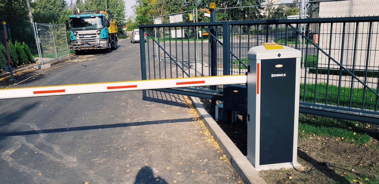 Liugvärava, väravaautomaatika runner+, paneelaed